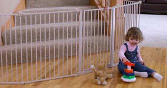 Regalo 192-Inch Super Wide Gate and Play Yard Review