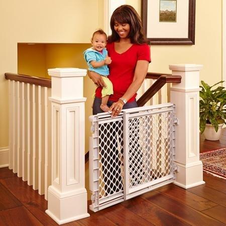 North States Plastic Stairway Gate 1